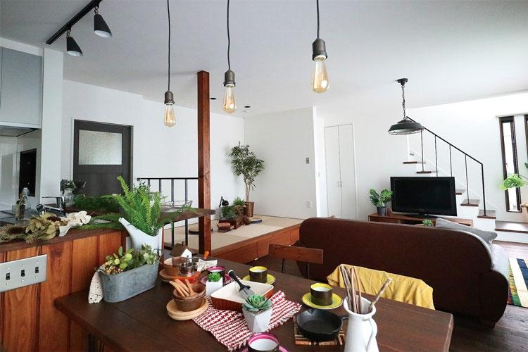 Caramel Café Interior